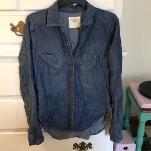 LIKE NEW - Denim A&F Button-Up